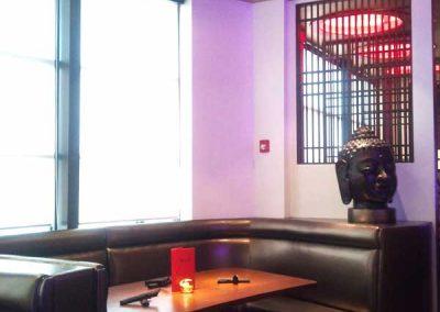 Wok-n-fire-BurrRidge-restaurant-booth-seating-area