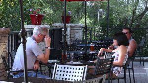 pollyanna-brewing-company-patio